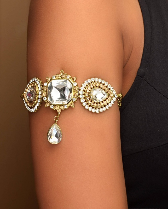 arm6 49 Famous Forearm Jewelry Pieces