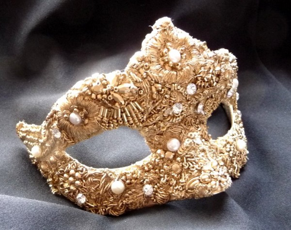 baroque-style-gold-filigree-petite-masquerade-mask-4-2780-p 89+ Stylish Masquerade Masks in 2018