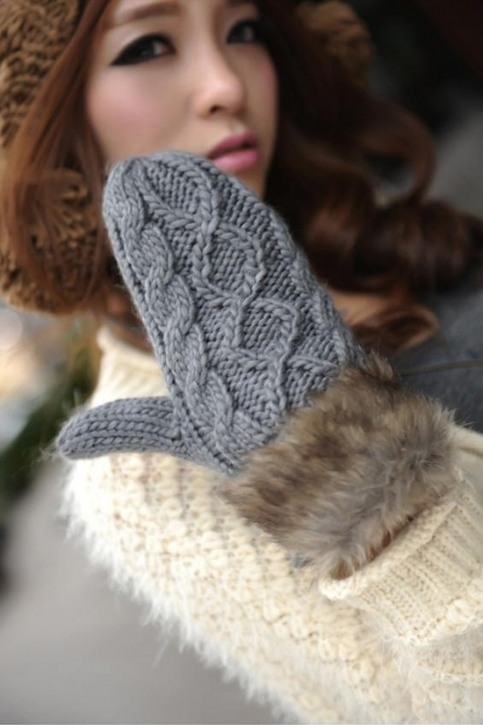 faux-fur-cuff-cable-gloves Top 79 Stylish Winter Accessories in 2018