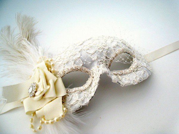 il_fullxfull.369529820_md5w 89+ Stylish Masquerade Masks in 2017