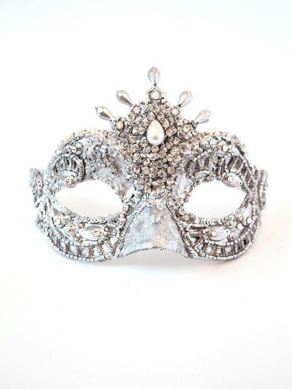 luxury-silver-petite-swarovski-venetian-pearl-f1 89+ Stylish Masquerade Masks in 2017