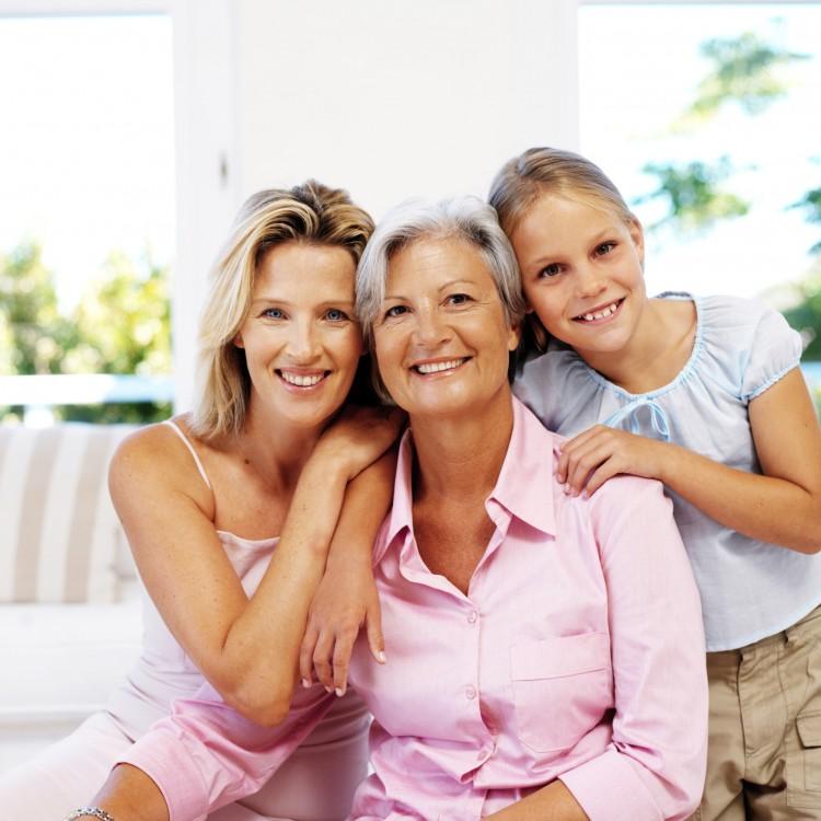 stk123124rke-mothersmary.cann_uni How People Celebrate Mother's Day Worldwide?!