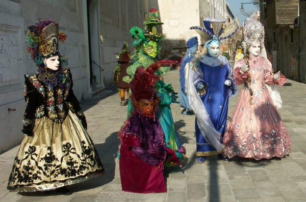 v-Maschere_carnevale_venezia 89+ Stylish Masquerade Masks in 2018