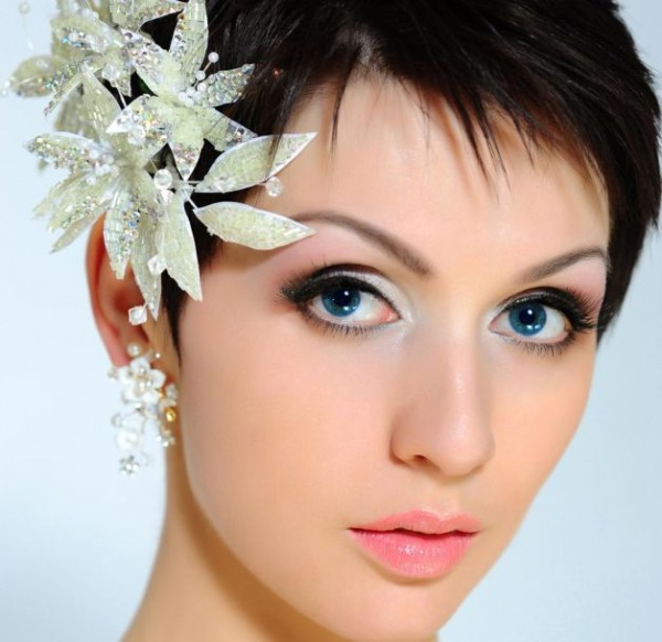 wedding-hairstyles-for-short-hair Hair Jewelry: Learn What to Wear in Your Hair