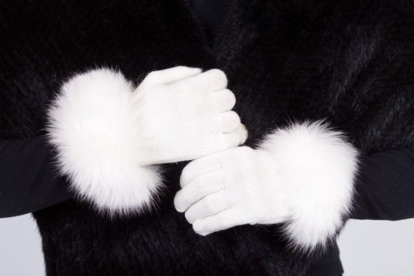 white-ktg Top 79 Stylish Winter Accessories in 2018