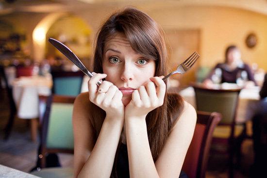 womanwithforkandknife.xxxlarge_1 5 Simple Ways To Stop Overeating On Holidays