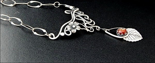 115079_original Make Special Gifts For Your Friends with Wire Jewelry