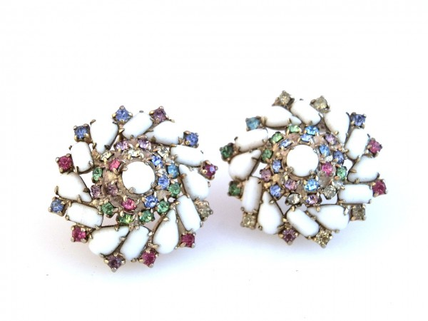 22222 These 25+ Multicolor Jewels Will Live Up Your Outfit And Uplift Your Mood As Well