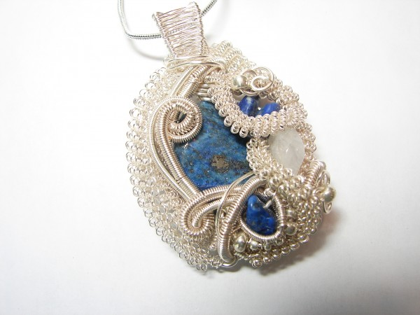 DSC09772 Make Special Gifts For Your Friends with Wire Jewelry
