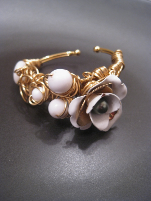 Rose-white-Bangle-38 Make Special Gifts For Your Friends with Wire Jewelry