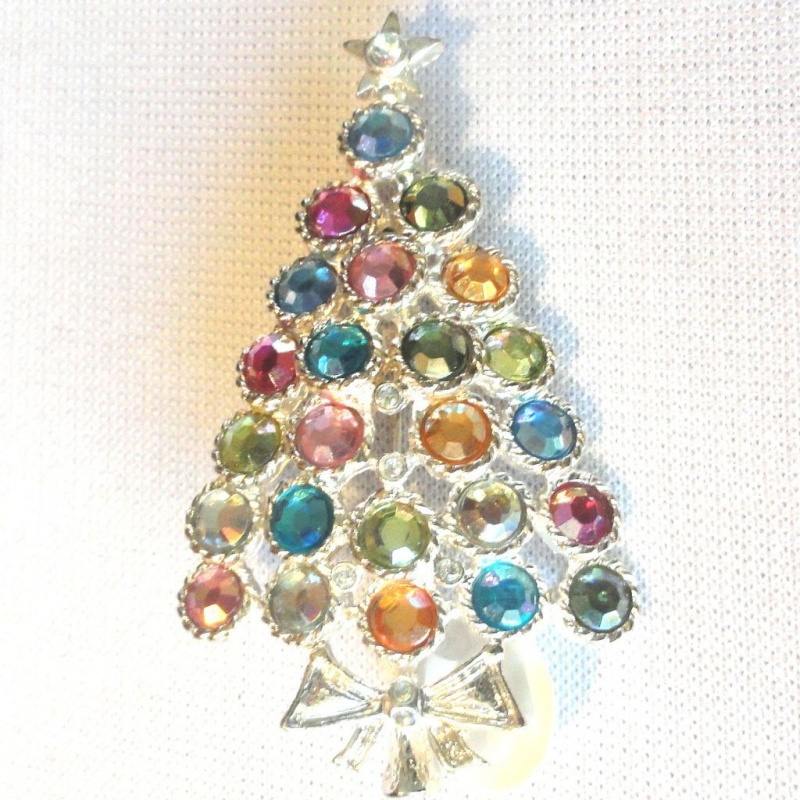 XMS-714.2L 15+ Unique And Elegant Designs Of Christmas Jewels