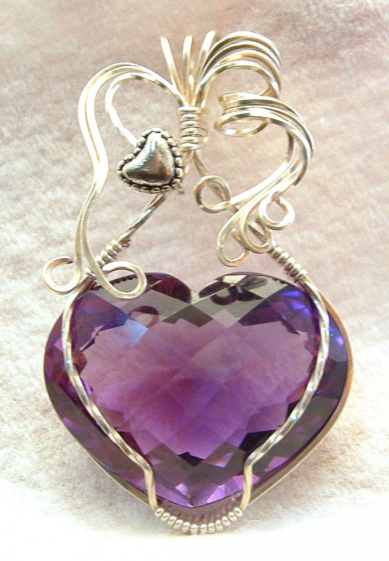 amethyst-heart1 Make Special Gifts For Your Friends with Wire Jewelry