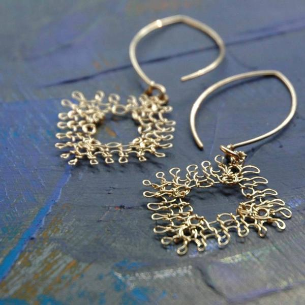 diamond-lace-long-earrings-wire-crochet_1340786993_2 Make Special Gifts For Your Friends with Wire Jewelry