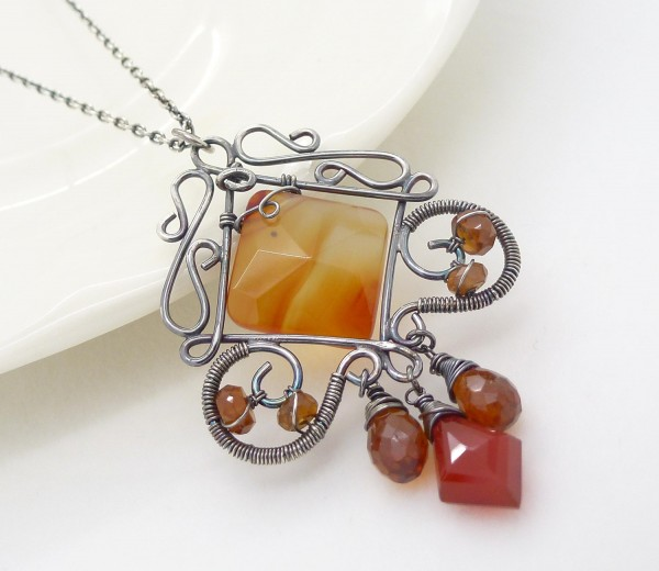 il_fullxfull.401613119_kz2u Make Special Gifts For Your Friends with Wire Jewelry