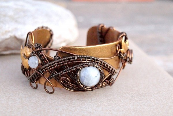 moonstone_wire_wrapped_bracelet_cuff_by_ianirasartifacts-d5mte3l Make Special Gifts For Your Friends with Wire Jewelry