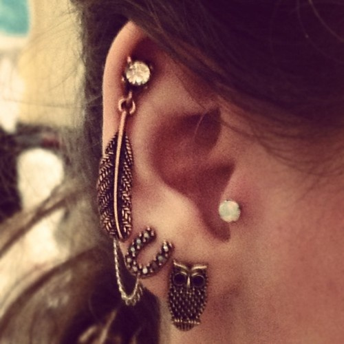 multiple-earrings-tumblr 35+ Most Fashionable Women and Girls Earrings Designs