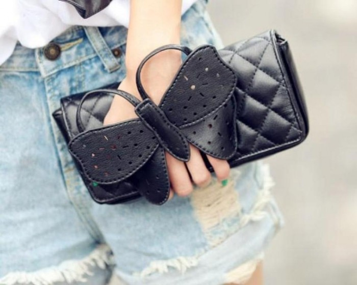 1-16 Trendy Most Popular Purses & Clutches for 2019