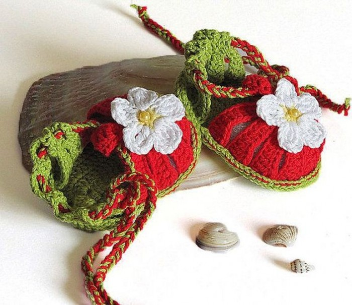 1-184 20 Awesome & Fabulous Collection of Crochet Slippers for Newborn Babies