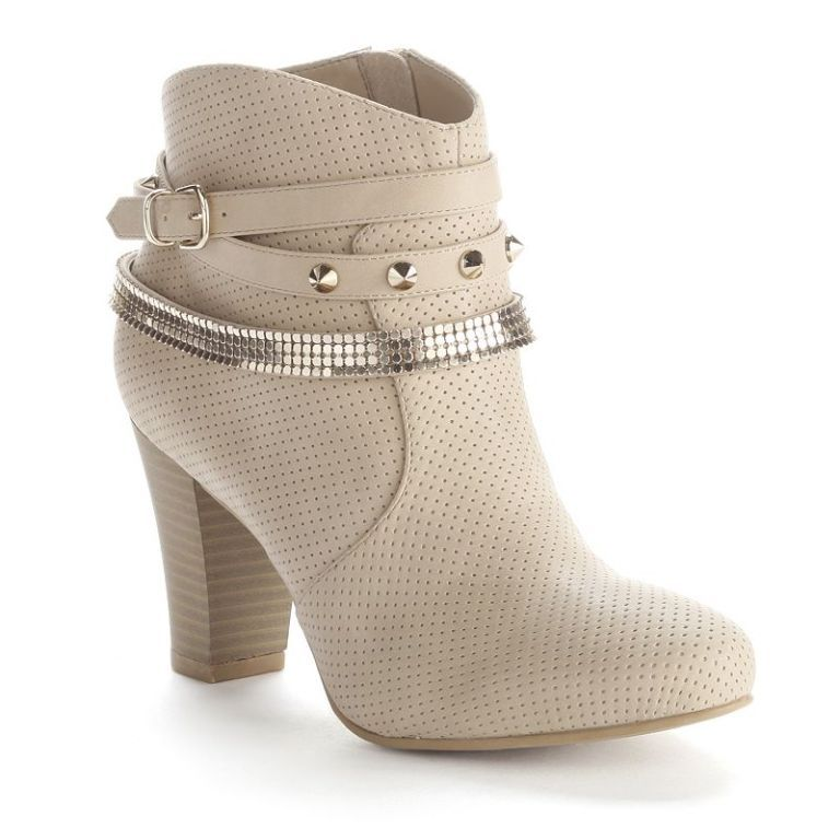 1588164_Natural 20+ Best Chosen Boot Trend Forecast for Fall &  Winter 2019