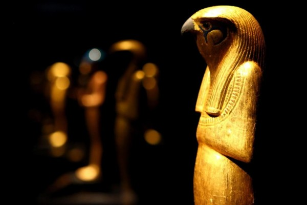 2618172-3x2-940x627 39 Most Famous Pharaohs Gold Statues