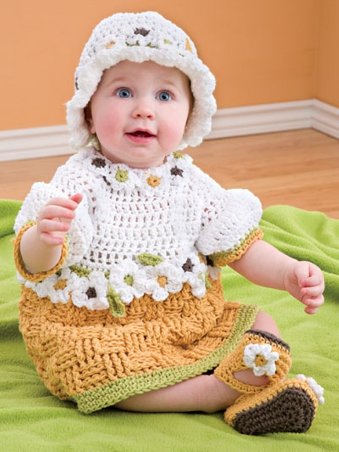 3615_1 25 Magnificent & Dazzling Collection of Crochet Dresses for Baby Girls