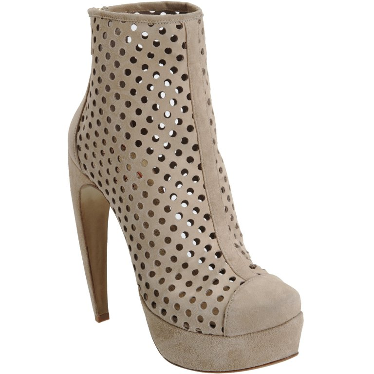 501598211_product_1 Top 18 Shoe Trend Forecast for Fall & Winter