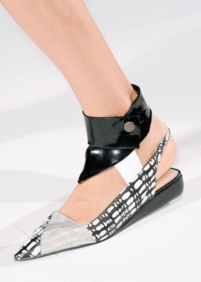 6ed16845-8332-4bd1-b522-0a30d6723931 20+ Hottest Shoe Trends for Women in Next Spring & Summer