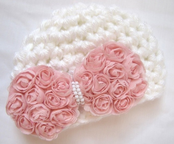 7fc92af6a4acc2ff810a4f980ba60687 20 Marvelous & Catchy Crochet Hats for Newborn babies