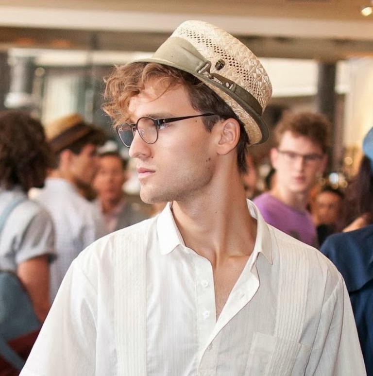 Bevel-1-men-glasses +25 Hottest Men's Glasses Trends Coming in 2020