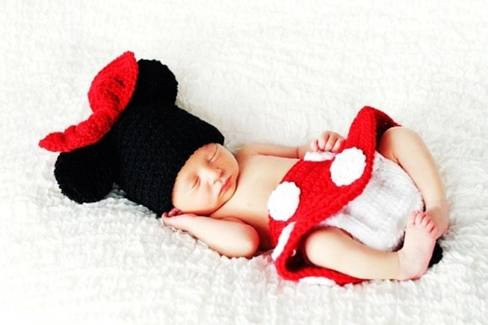 Crochet-Minnie-Mouse-Beanie-Hat-Diaper-Cover-Skirt-Set-Photography-Prop 20 Marvelous & Catchy Crochet Hats for Newborn babies