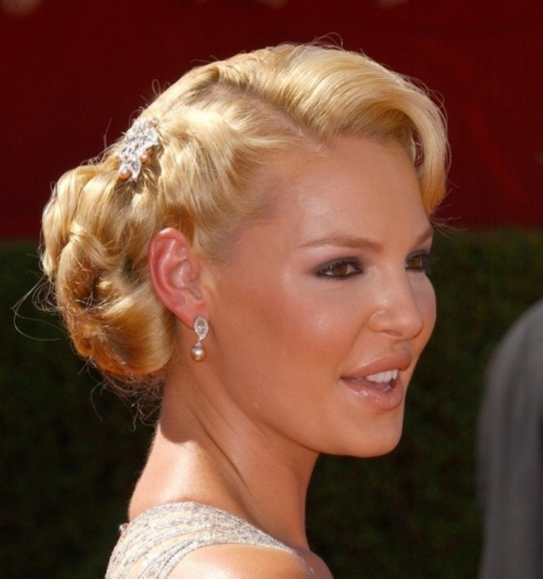 Deep-side-parts-top100weddinghairstyles2014_085 25+ Hottest Women's Hairstyle trends Coming Back