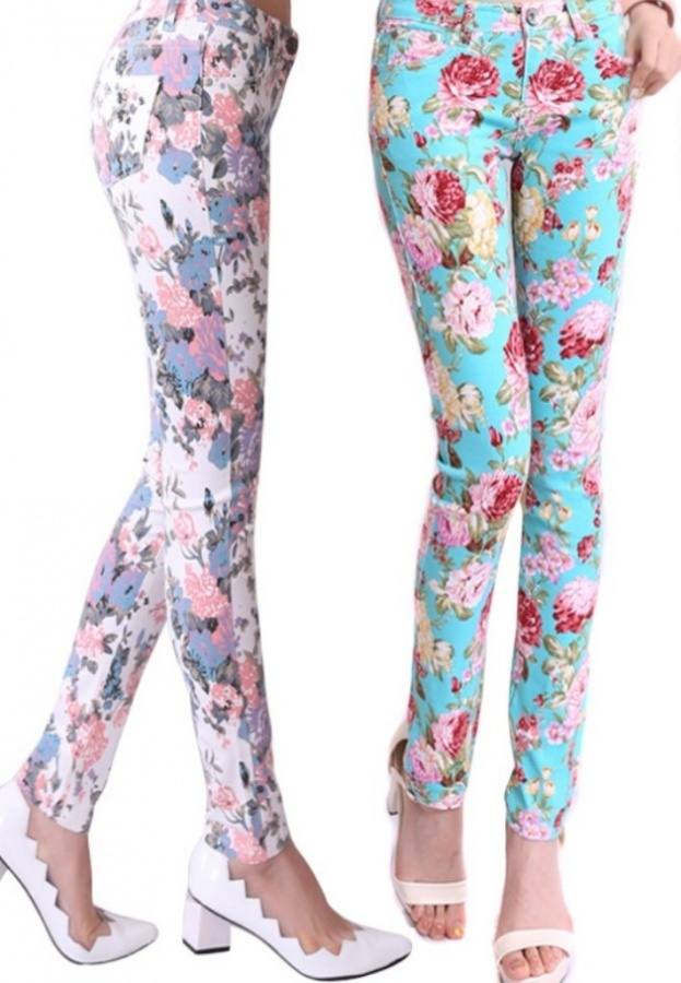 Floral-Jeans-Cool-Spring-Trend-Try-This-Flirty-Look-pencil-pants-stretch-demin-jeans-big-size 27+ Latest & Hottest Jeans Fashion Trends Coming