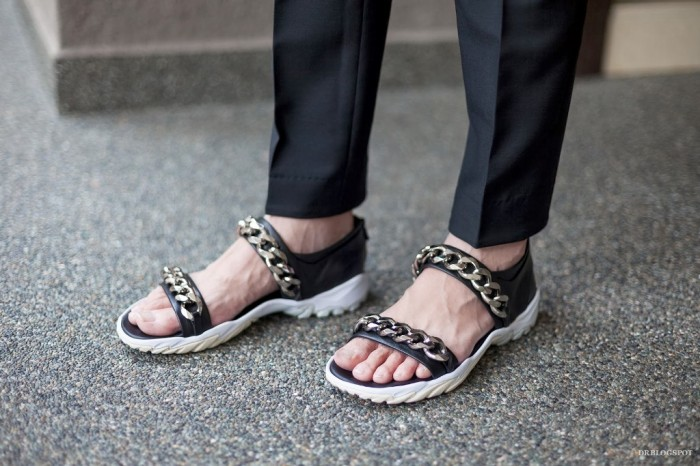Givenchy_Chain_Gladiator_Sandals_Spring_Summer_2013_2014_Men__MG_9673 2017 Fashion Trends for Men's Shoes