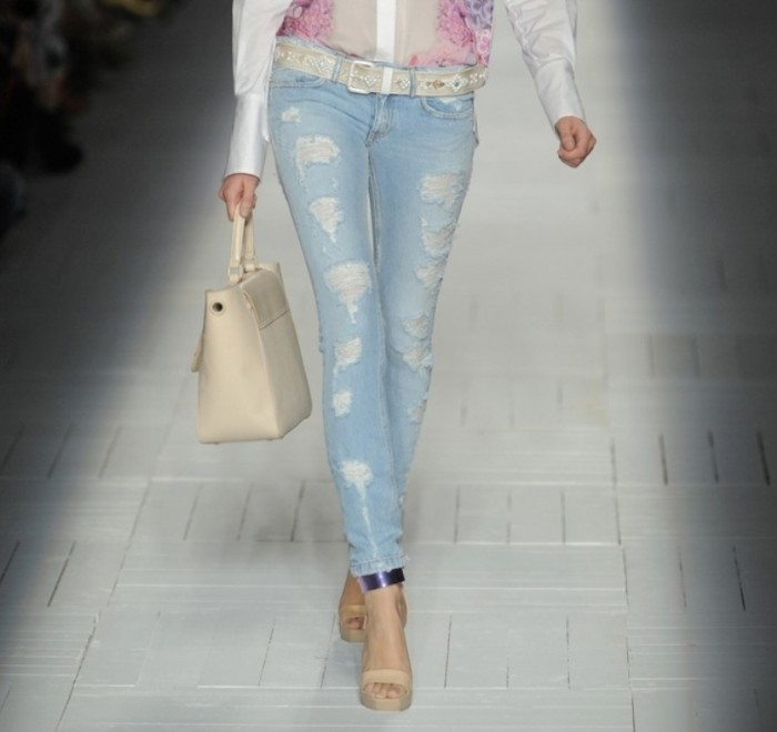 Jeans-fashion-summer-2013-grunge-style 27+ Latest & Hottest Jeans Fashion Trends Coming