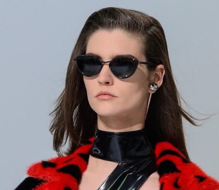 Manon_Leloup_versace_women_sunglasses_fall_winter_2013-2014 20+ Hottest Women's Sunglasses Trending For 2021
