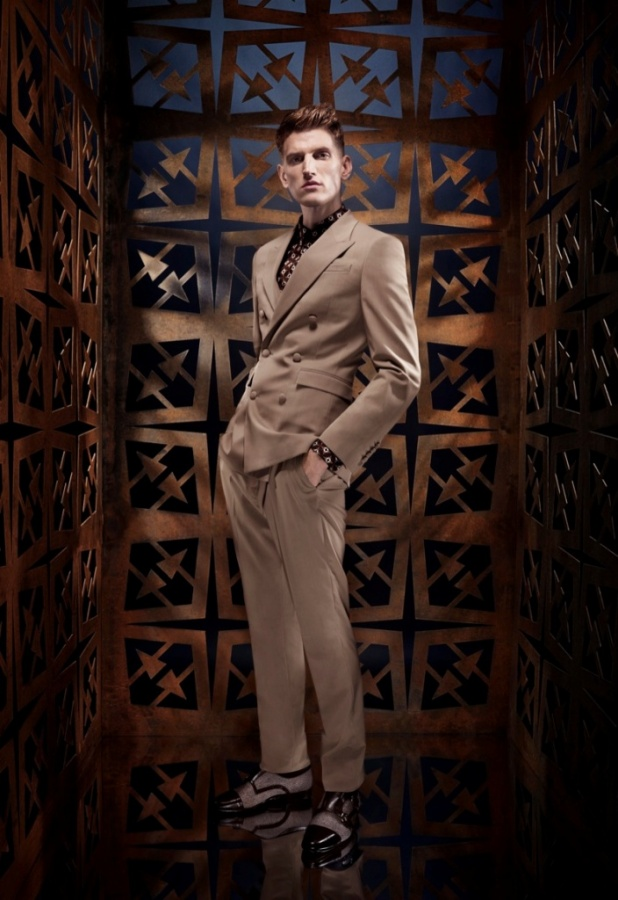Spring-Summer-2014-Mens-Fashion-Trends-by-Roberto-Cavalli-1 18+ Stylish Men's Fashion Trends Expected in 2020