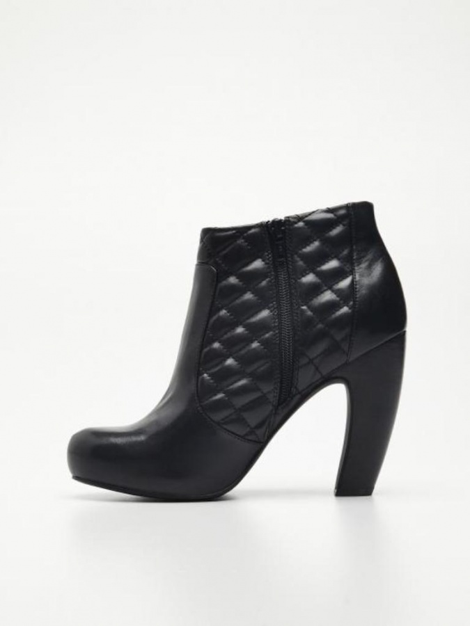 W9542-99X-002 20+ Best Chosen Boot Trend Forecast for Fall &  Winter 2019