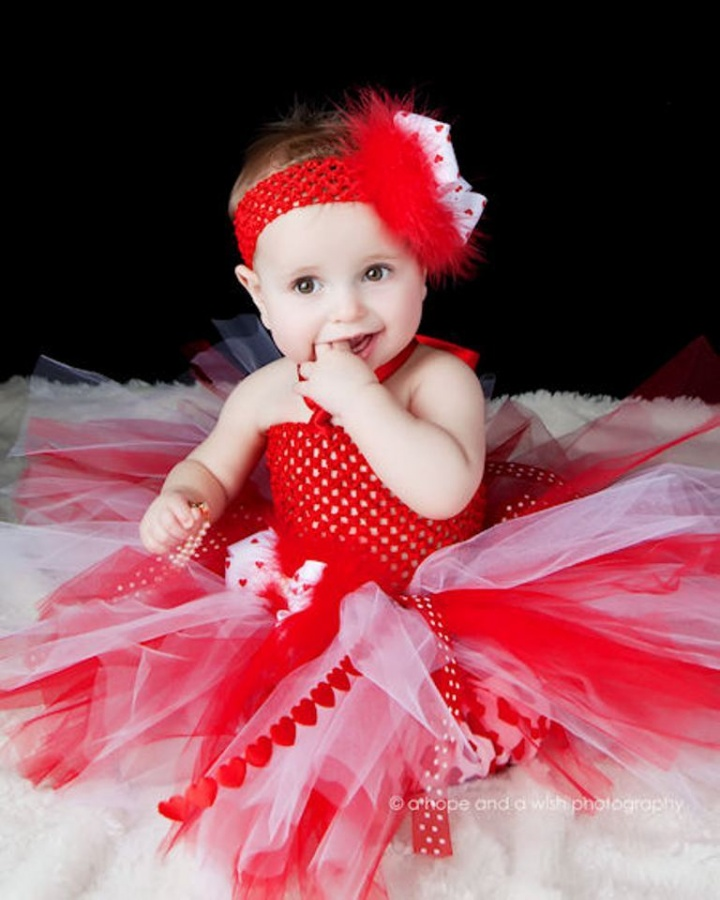 a_tutugirlyheartsbabycrochettutudress 25 Magnificent & Dazzling Collection of Crochet Dresses for Baby Girls
