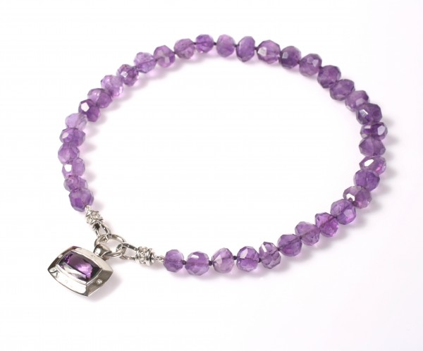 amethyst-and-diamond-necklace Iolite stone [11 Hidden Secrets and Facts...]
