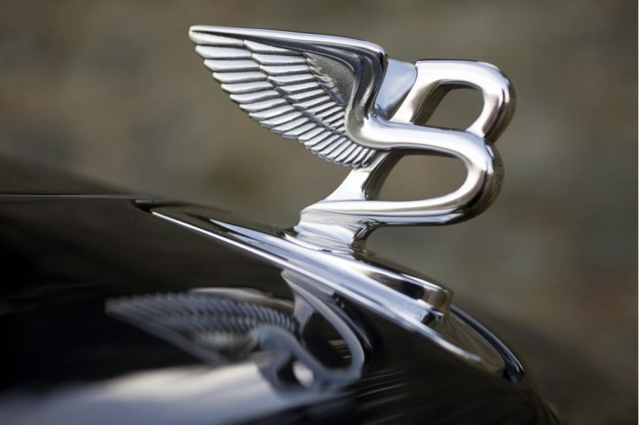 bentley-brooklands-hood-ornament_100322818_l The 20 Most Common Fashion Trends & Fads in 1920's