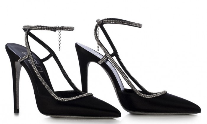 charming-sandals-black 20+ Hottest Shoe Trends for Women in Next Spring & Summer