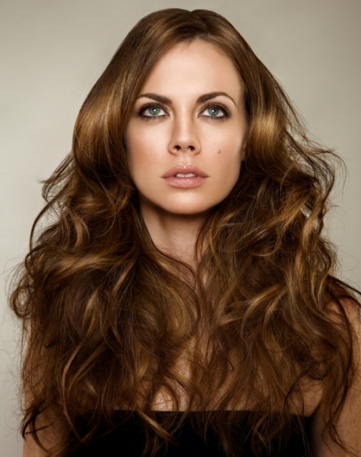 david_robin_munn_long_wavy_hair 25+ Hottest Women's Hairstyle trends Coming Back