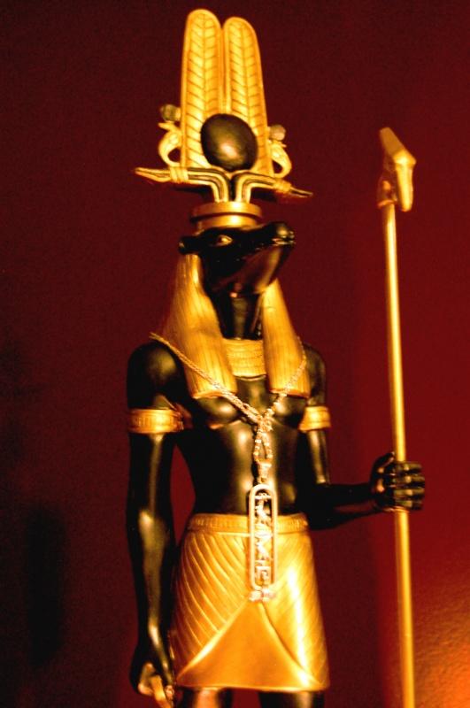 dsc_0358 39 Most Famous Pharaohs Gold Statues