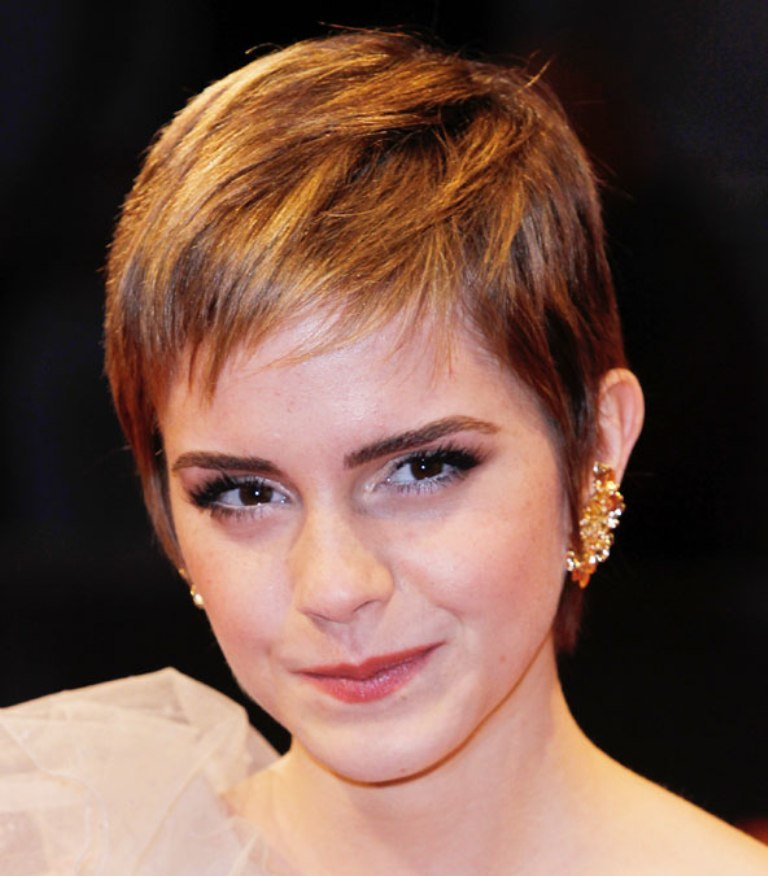 ewatson_hair_gl_13feb11_pa_ 25+ Hottest Women's Hairstyle trends Coming Back