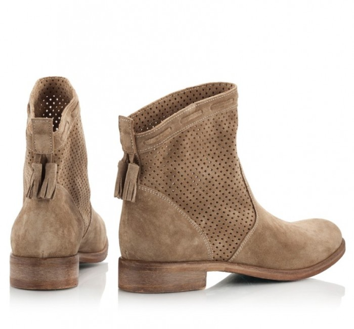 fratelli-karida-sabbia-sand-suede-leather-perforated-summer-ankle-boots-round-toe-3 Top 18 Shoe Trend Forecast for Fall & Winter