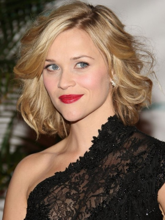 gallery_big_Reese_Witherspoon_Wavy_Bob_Hairstyle 25+ Hottest Women's Hairstyle trends Coming Back in 2019