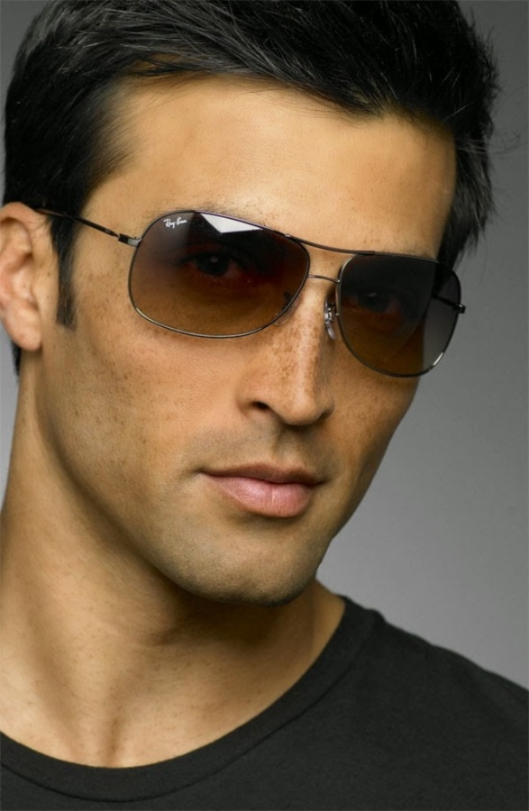 h +25 Hottest Men's Glasses Trends Coming in 2020