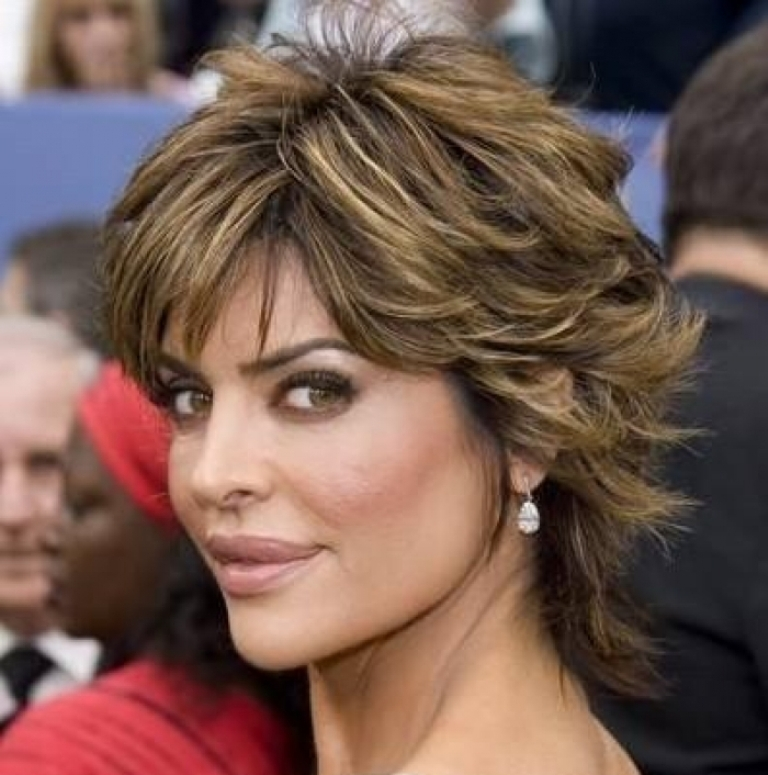 haircut-shag-sgdtzbrb 25+ Hottest Women's Hairstyle trends Coming Back
