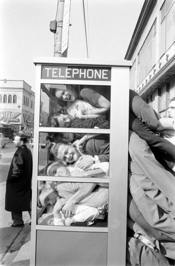 life_booth_11 Top 15 Most Common Trends & Fads in 1950's