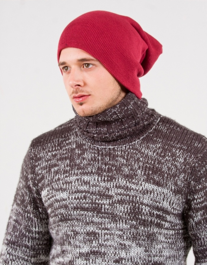 mens-burgundy-beanie-hat Top 15 Hat Trend Forecast for Fall & Winter 2020